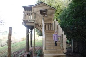 Stoney Oaks treehouse