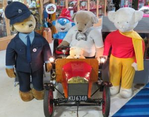 Toy and transport Bears