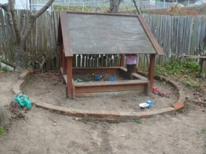 Brown Sugar sandpit
